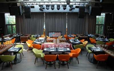 Банкетный зал бара, ресторана Maxim Bar (Максим Бар) на Цветном бульваре