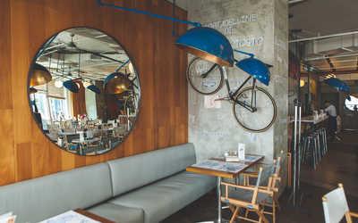 Банкетный зал ресторана Ред Пеппер (бывш. Osteria numero Uno) на Цветном бульваре