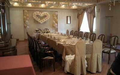 Банкетный зал ресторана Suzanna (Сюзанна) на Нагорной улице