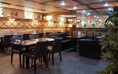 Банкетный зал ресторана Листья-лайт (Listya-light) в Большом Козихинском переулке