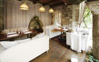 Банкетный зал ресторана Тинатин на улице Плющиха