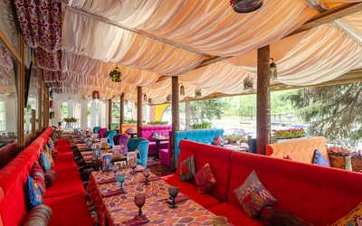 Банкетный зал ресторана Чайхана Павлин Мавлин на улице Профсоюзной фото 3