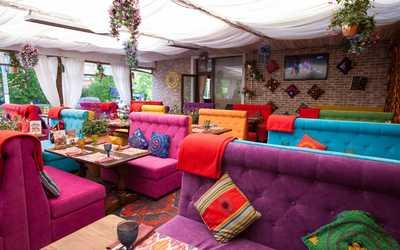 Банкетный зал ресторана Чайхана Павлин-Мавлин на Строителей фото 3