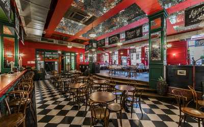 Банкеты кафе Жан-Жак на улице Льва Толстого фото 3