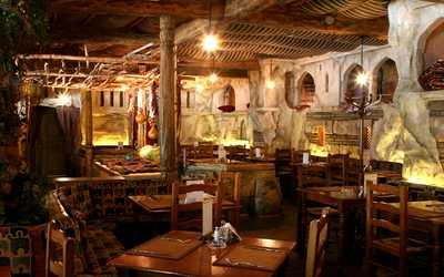Банкетный зал ресторана Киш-Миш (Чайхана Киш-Миш) на улице 1905 года