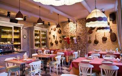 Банкетный зал ресторана Ризотти (Risotti) на набережной реки Фонтанки