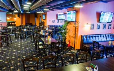 Банкетный зал бара Фора на Коломяжском проспекте