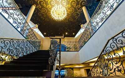 Банкетный зал ресторана Юбилей Голд на проспекте Просвещения