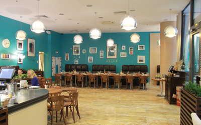 Банкетный зал кафе Кафе 64 (CAFFE 64) на Малоохтинском проспекте фото 3