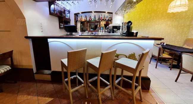 Меню ресторана Водевиль в переулке Луков