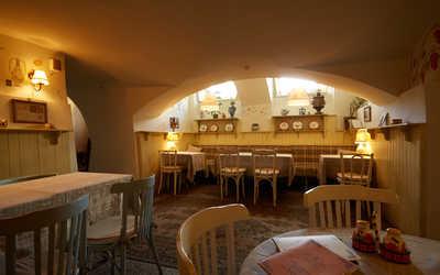 Банкетный зал ресторана Ять на набережной реки Мойки