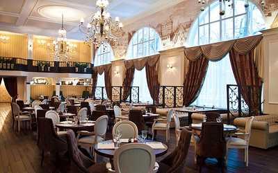 Банкетный зал ресторана ЛомоносовЪ (Ломоносов) на улице Строителей