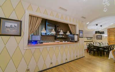 Банкетный зал ресторана Бергамо (Bergamo) на Конюшенной улице