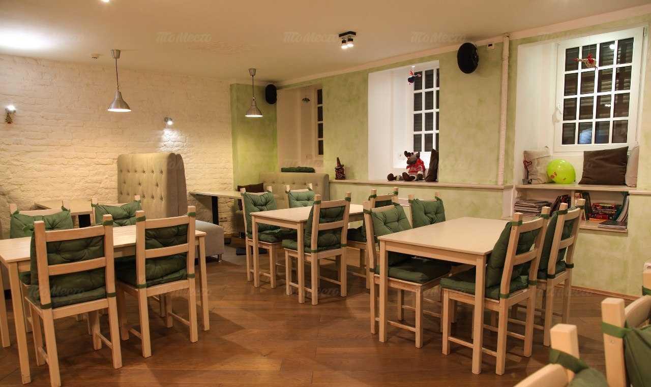 Меню кафе Клевер клуб на Кирочной улице
