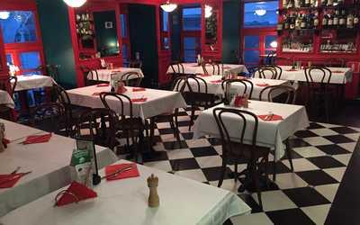 Банкетный зал кафе Жан-Жак в Столешниковом переулке фото 1