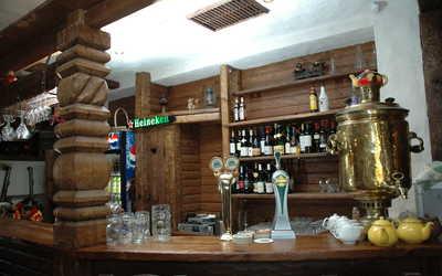 Банкетный зал пивного ресторана Зер Гут (Sehr Gut) на улице Ванеевой фото 3