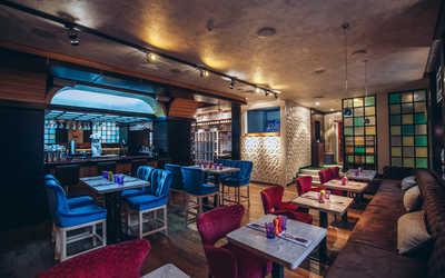 Банкетный зал кафе Карамель на улице Костиной фото 2