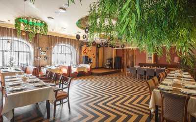 Банкетный зал ресторана Плакучая ива в Нижне-Волжской фото 1