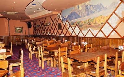 Банкетный зал пивного ресторана КабанчикЪ на улице Луначарского