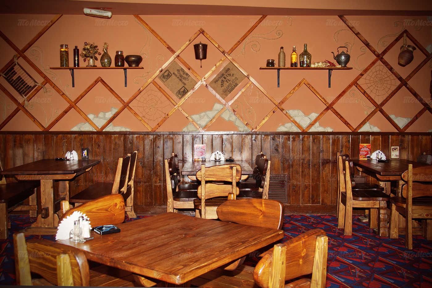 Меню пивного ресторана КабанчикЪ на улице Луначарского