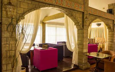 Банкетный зал ресторана Робинзон на набережной Гребного канала
