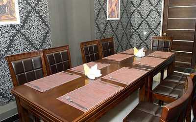 Банкетный зал бара, кафе, ночного клуба, ресторана Пикассо (Picasso) на Хальзовской улице