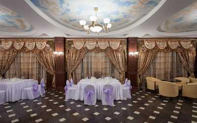 Банкетный зал ресторана Жак де Рик на Воронежской улице