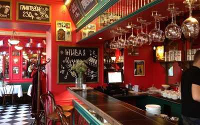 Банкетный зал бара, ночного клуба Жан-Жак Руссо на 7-й линии