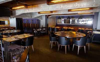 Банкетный зал ресторана Jerome & Patrice (Джером и Патрис) на Славянской площади