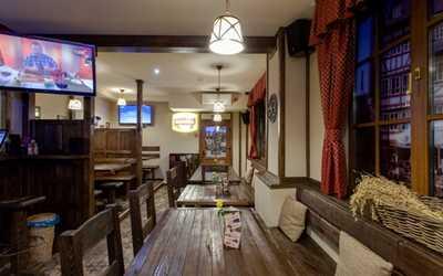 Банкетный зал ресторана Масс унд Шпасс (Maß und Spass) на Загребском бульваре