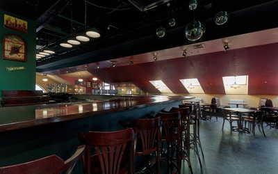 Банкетный зал паба Youngs Pub (Янгс Паб) на Пятницкой улице