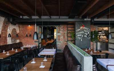 Банкетный зал ресторана Вкус Есть на набережной реки Фонтанки