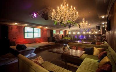 Банкетный зал караоке клуба, ночного клуба, ресторана Malinki (Малинки) на Фурштатской улице