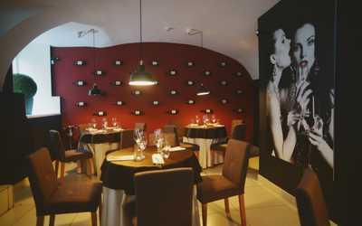 Банкетный зал ресторана Винотория на Большой Морской улице