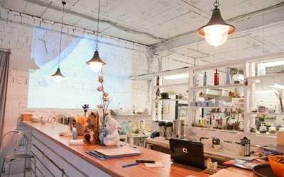 Банкетный зал ресторана Море внутри на Песочной аллее