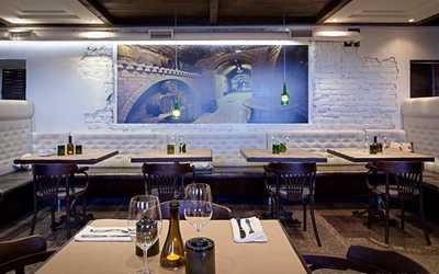 Банкетный зал ресторана TerraVino (ТерраВино) на Адмиралтейской набережной фото 1