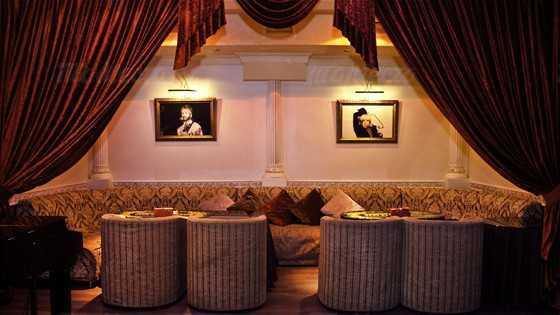Меню караоке клуба, ресторана Карузо на Бакунинской улице