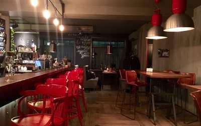 Банкеты ресторана Shaggy на улице Льва Толстого фото 1