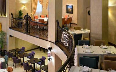 Банкетный зал ресторана Flash Royal на улице Александры Монаховой фото 2