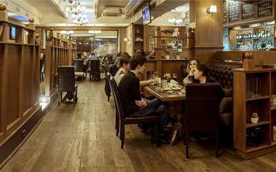 Банкетный зал бара, ресторана Beef&Beer на Петрозаводской улице фото 3