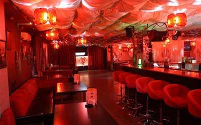Банкетный зал бара, ночного клуба Dolce Amaro (Дольче Амаро) на улице Шейнкмана