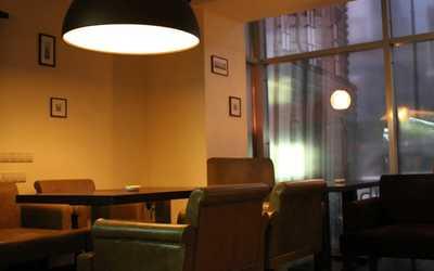 Банкетный зал бара Венский ДеликатЕссен Бар на Большой Грузинской улице