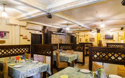 Банкетный зал пивного ресторана Хмель на улице Челюскинцев фото 1