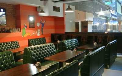 Банкетный зал бара, ресторана Копыто на улице Маминой-Сибиряке