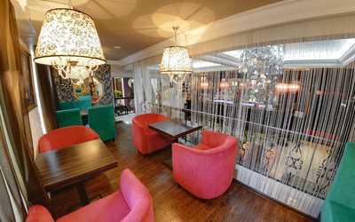 Банкетный зал бара Berry bar (Берри бар) на улице Белинского