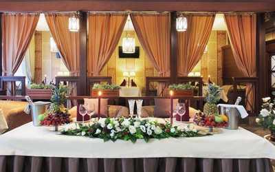 Банкетный зал ресторана Пале Рояль в Сибирском тракте
