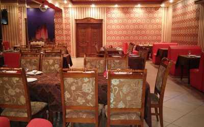 Банкетный зал кафе Виват на Авиационной улице
