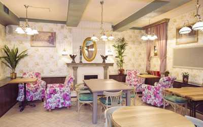 Банкетный зал ресторана Комарово на Лиговском проспекте
