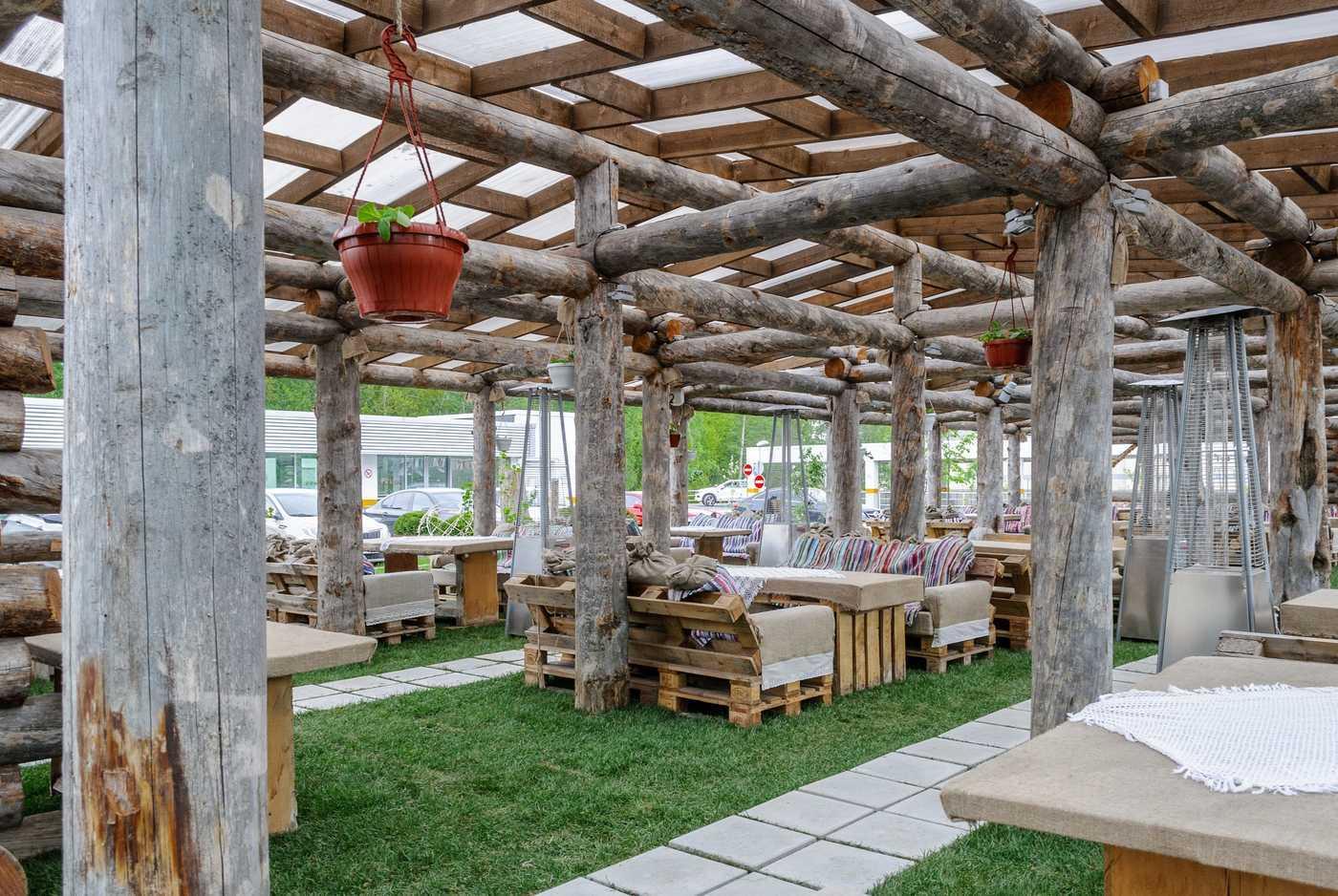 Меню ресторана Гуси-Лебеди на Коломяжском проспекте