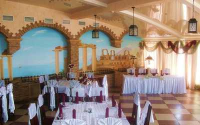 Банкетный зал ресторана Метрополь на Малиновского